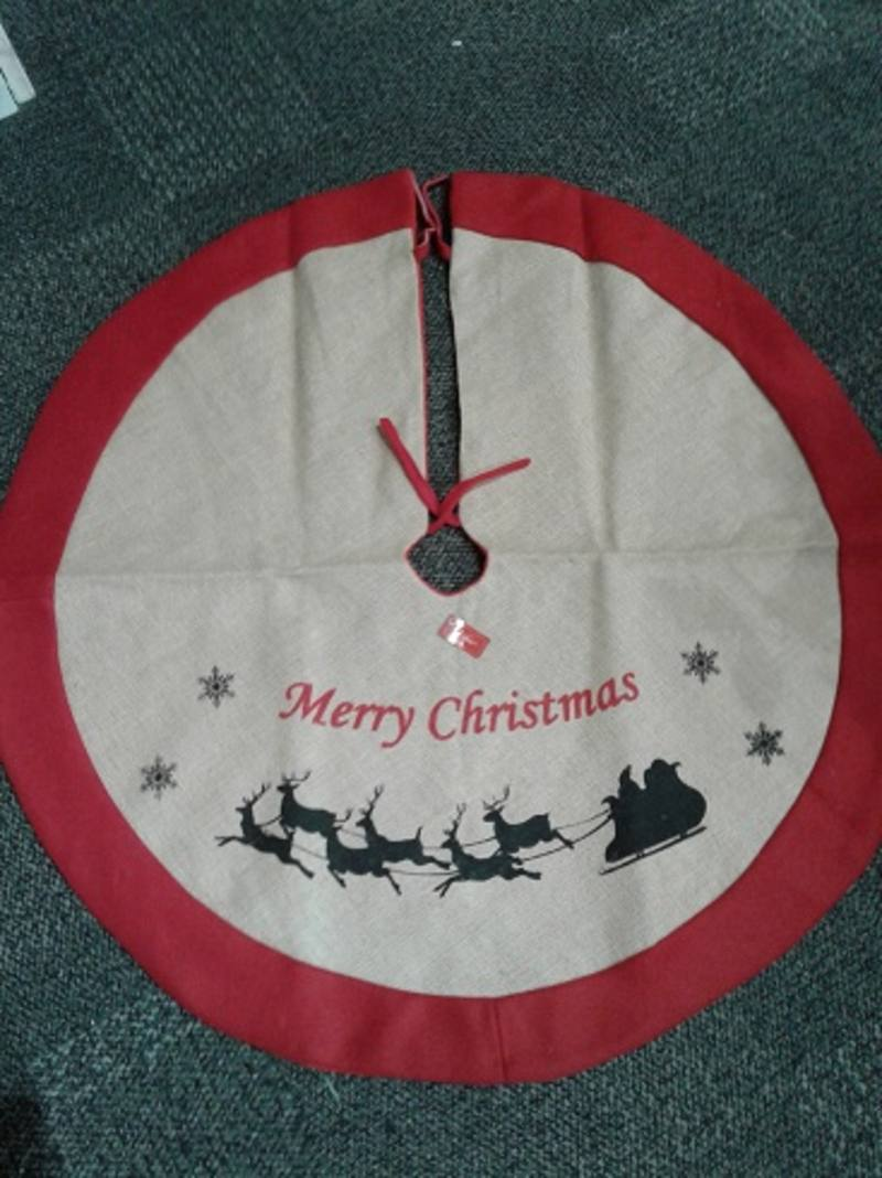 Tree Skirt, Hessian and Red