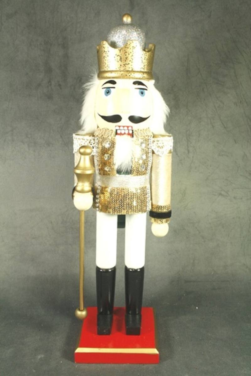 Nutcracker, Champagne Wooden